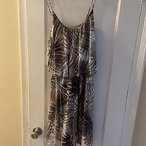 H&M island print dress. New. Size small